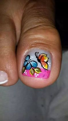 decoracion de uñas Cute Toe Nails, Toe Nail Art, Diy Nails, Different Nail Designs, Colorful Nail Designs, Pedicure Designs, Toe Nail Designs, Animal Nail Designs, Butterfly Nail Art