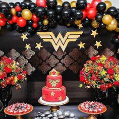 Wonder Woman Cake, Wonder Woman Birthday, Wonder Woman Party, Birthday Woman, 41st Birthday, Birthday Bash, Birthday Parties, Birthday Ideas, Diy Birthday Decorations
