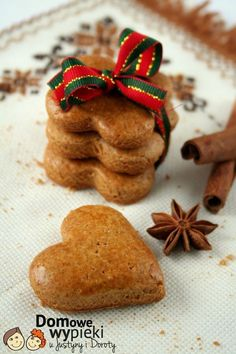 Przepisy Coffin Nails coffin nails w jewels Christmas Dishes, Christmas Treats, Christmas Baking, Merry Christmas, Cookie Desserts, Cookie Recipes, Dessert Recipes, Xmas Food, Polish Recipes