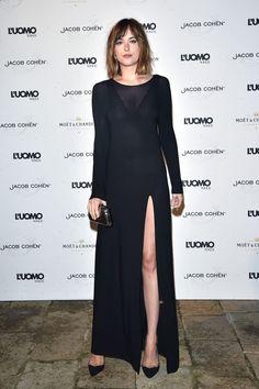 Dakota Johnson Looking ~*SeXy*~ - Cosmopolitan.com