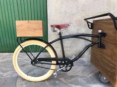👌 .  . . . . . Quer fazer um carrinho para você também? Entre em contato para maiores informações em: vendas@arttrike.com.br . . . Conheça mais do nosso trabalho em: www.arttrike.com.br . . . . .  . . .. #carrinhosgourmet #carrinhosdefesta #carrinhosparaeventos #bikebeer #locação #partydesigner #gestãodeeventos #bikechope #bikechopee #cervejaartesanal #chope #chopeartesanal #foodbike #foodbikebrasil #foodtrike #festas #eventos  #arttrike Bicycle Sidecar, Bike Food, Mobile Catering, Cargo Bike, Food Truck, Street Food, Furniture, Event Management, Physical Intimacy