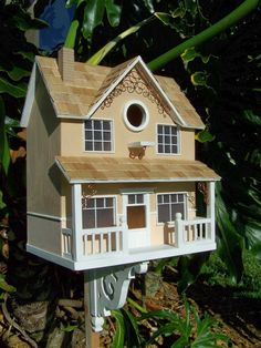 Victorian style bird house
