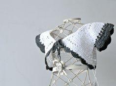 Giacchino bimba a crochet bianco, baby bolero a uncinetto, bolerino elegante in cotone, giacchino estivo, coprispalle profili a contrasto by cosediisa #italiasmartteam #etsy