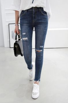 [MIAMASVIN] RIPPED SLIM FIT JEANS