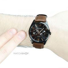 [Extra] Relógios Citizen Eco Drive - AO9025-05E por R$ 622 e AT2205-01E por R$ 722.