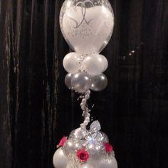Balloon wedding centerpiece or column depending on height. Wedding Ballons, Birthday Balloon Decorations, Balloon Centerpieces, Valentine Decorations, Wedding Centerpieces, Wedding Decorations, Love Balloon, Balloon Ideas, Balloon Party