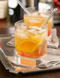 Drink in style with this 'Mad Men' Old Fashioned recipe. Whether you watch the show or not, this recipe, originally from The Grand Central Oyster Bar in New York City is the real deal!