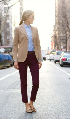 45 Beautiful Work Outfit Ideas for Women In Flats 54 Color Of the Year Marsala – Stylewithkate 8