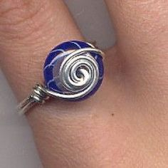 7 Wire Wrapped Jewelry Tutorials. Links posted by Jamie Brock of hubpages.com