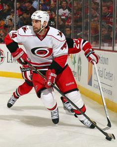 Canes 4, Devils 2 | 02.12.13 | Carolina Hurricanes Photos | NewsObserver.com