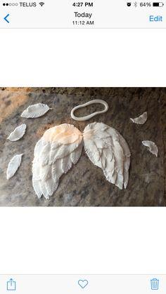 Fondant angel wings