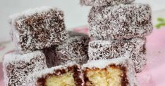This combination of chocolate and coconut is way too good, it does not take long preparation, about 30 minutes more cooking time, really worth. The thick and fudgy brownies are, the macaroon filling made it taste