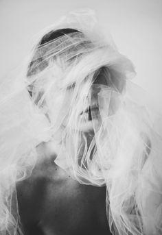 58 Ideas Photography Portrait Black And White Lost Artistic Photography, Creative Photography, Fine Art Photography, Portrait Photography, Fashion Photography, Photography Accessories, Dark Portrait, Shotting Photo, Creative Portraits