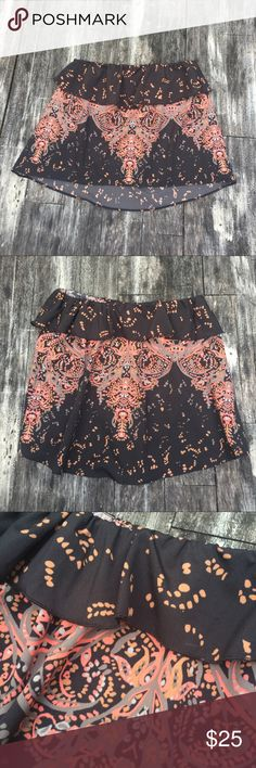 """FREE PEOPLE strapless silky hi-low top Strappy hi-low flirty top. Worn once with jean shorts and once with white tailored shorts. Length at front top to bottom center is 12.5"""" .. Back top to bottom center is 14"""" long. We usually wear s/m tops so this xs runs a little larger. Free People Tops Blouses"""