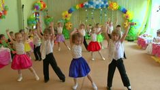 Bible Songs, Dance Moves, Zumba, Crafts For Kids, Blond, Concert, Party, Youtube, Photography