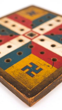 Antique Native American Gameboard in Original Paint Decoration Friendship Signs, Friendship Symbols, Wooden Board Games, Game Boards, Indians Game, Good Luck Symbols, American Games, Love Games, Carnival Games