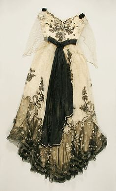 Dress House of Paquin (French, Designer: Mme. Jeanne Paquin (French, Date: ca. 1897 Culture: French Back view 1890s Fashion, Edwardian Fashion, Vintage Fashion, Jeanne Paquin, Vintage Gowns, Mode Vintage, Vintage Outfits, Antique Clothing, Historical Clothing