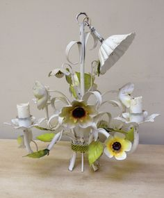 IL2785 Vintage french toleware chandelier with Daisies / French Retro Lighting / Frenchfinds.co.uk