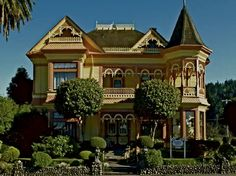 """32-Room Mansion, long known as The Ring House, an icon Queen Anne Victorian California Landmark. Originally built in 1899, as a family residence for Dr. Hogan J. Ring, a Norwegian physician who immigrated to California, the historic redwood """"Painted Lady"""" has extravagant fancy carpenters lace trim. What a Beauty!!!"""
