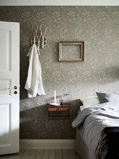 Bedroom Vintage, Vintage Decor, Vintage Style, Of Wallpaper, Accent Wallpaper, Dream Bedroom, Beautiful Interiors, Modern Interior Design, Interior Inspiration