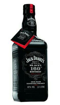 Cigars And Whiskey, Whiskey Drinks, Scotch Whiskey, Bourbon Whiskey, Whiskey Girl, Irish Whiskey, Jack Daniels Bottle, Jack Daniels Whiskey, Alcohol Bottles