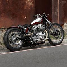 Harley-Davidson XL883 Sportster bobber by 2LOUD Custom #harleydavidsonbobbersratbikes #harleydavidsonchopper