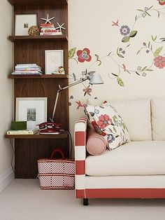 Another Sarah Richardson design piece - If you look at the layering of fabric on the lounge - striped arms, bolster in a printed fabric and a cushion in a floral fabric - so wonderfully done. Mixing textures and fabrics x