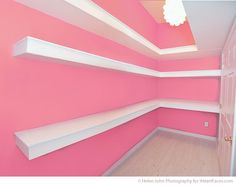 Decorating a Photography Studio via Helen John Photography and iHeartFaces.com