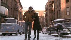 """""""Olhe para nós dois, eu congelado, você morta e eu ainda te amo."""""""