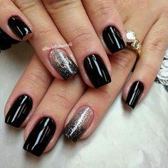 Black champagne nails