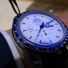 OMEGA Speedmaster Pro Silver Snoopy Apollo 13 Limited Edition Moonwatch In Stainless Steel - http://omegaforums.net