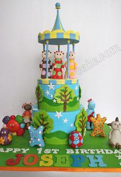 Celebrate with Cake!: In the Night Garden Cake - Birthday Cake Vanilla Ideen 1st Birthday Cakes, 1st Boy Birthday, 1st Birthday Parties, Birthday Ideas, Birthday Decorations, Carousel Cake, Garden Birthday, Party Garden, Garden Cakes