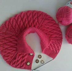 Baby Knitting Patterns, Hand Knitting, Crochet For Kids, Crochet Baby, Handgestrickte Pullover, Hand Knitted Sweaters, Crochet Fashion, Yarn Crafts, Knitwear