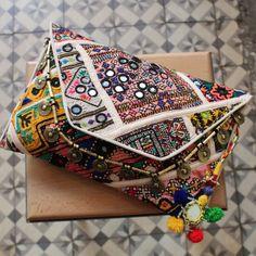 CHANDOR by NAWERI 119€ Boho clutch made from antique embroidered fabrics with a removable strap. Pochette confectionnée à partir de tissus brodés antiques. Chaîne amovible. Modèle unique.