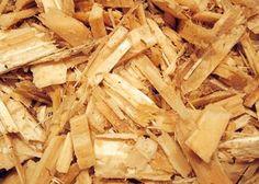 Vælg big-bag med 1 m3, 2 m3 eller 3 m3 Naturligt træflis er ufarvet træflis fra fyr/gran. Flisen holder 6-8 år afhængig af bundforhold. Flisen er et naturprodukt og biologisk nedbrydelig. 1 m3 vejer 5-600 kg. 1 m3 dækker 20 m2 ved et dæklag på 5 cm.
