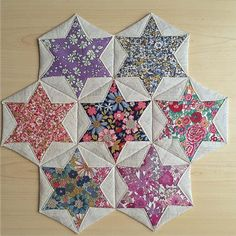 Folded Hexagon Stars Make a Pretty Table Mat - Quilting Digest