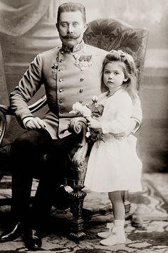 Francisco Fernando de Austria y su hija Sofía von Hohenberg.
