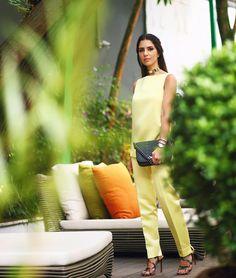 Monday in Yellow  Pq cada dia que passa eu gosto mais de looks monocromáticos  #dehoje #ootd @fedraoficial