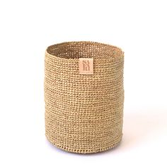 These exclusive hand crocheted raffia baskets come in 6 different sizes – 4 basket shapes and 2 bowl shapes. Each basket features an embossed leather Safari label. Perfect for sorting and storing all manner of things. Please note that due to the artisanal nature of this product sizes and colours vary.