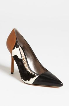 Samantha Steele Ponder -- ESPN gameday reporter Wore these adorable heels and I just had to stalk them out!!! Obessesseddd!!!