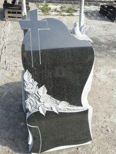 Grave Plaques, Stone Sculpture, Hobbit, Memories, Garden, Baby, Wings Drawing, Memoirs, Souvenirs