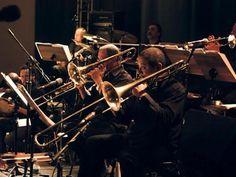 Teatro Comunne recebe shows toda semana de junho com bandas que vão do jazz à MPB