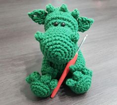 How to Crochet your Dragon - free pattern (and video link) by üka marinüka.