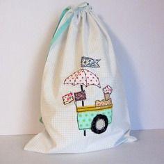 """Grand sac de rangement en coton avec motifs appliqués,"""" marchand de glaces"""". dim. : 42 x 28 cm"""