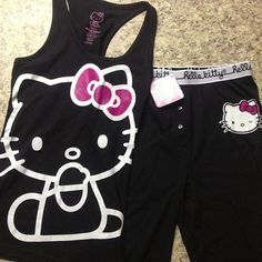 Nice Workout clothes for Hello Kitty fans! Lazy Day Outfits, Spring Outfits, Cool Outfits, Hello Kitty Clothes, Hello Kitty Items, Hello Kitty House, Hello Kitty Collection, Lounge Wear, Pajamas