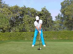 If you have ever tried spinning a top, you will know it's those with the largest heads and thinnest stems that spin the fastest – and longest. Rory Mcilroy Swing, Golf Driver Swing, Pga Tour Players, Golf Room, Golf Images, Golf Stance, Golf Academy, Golf Art, Exercises