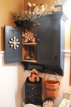 Like: black cabinet, breadboard wainscot, accessories Dislike: