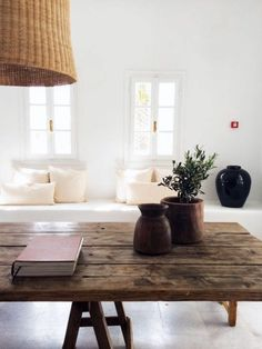 Beautiful table.  I love the rustic look of the table.