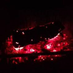 La connexió entre el foc i l'ésser humà és indestructible, especial, interdepenent, màgic... #fireplacelove #relaxingview💆💆 #feelingrelaxed😊