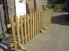 New free standing picket fencing for temporary use. Ideal for all outdoor events where a barrier fen Driveway Fence, Brick Fence, Concrete Fence, Front Yard Fence, Pallet Fence, Bamboo Fence, Fence Landscaping, Dog Fence, Backyard Fences